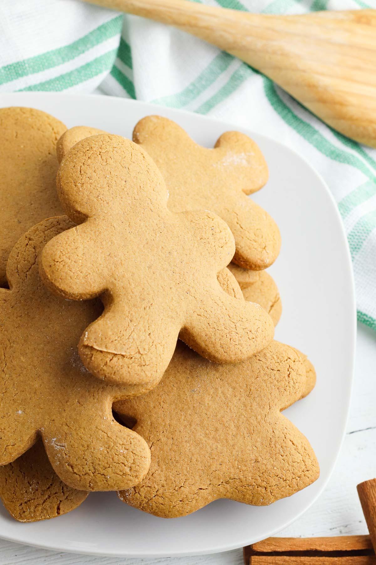 pile of gingerbread cookies