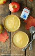 Simple Seasonal Food: Homemade Applesauce (sugar-free!)