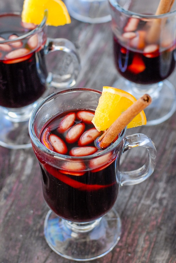 glass mugs of Glogg