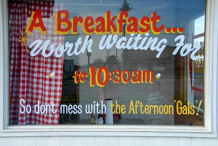 Robinson's BBQ Amarillo Texas painted window 'A Breakfast Worth Waiting For'