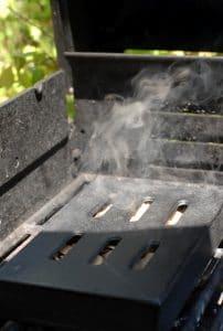 Smoker box on grill