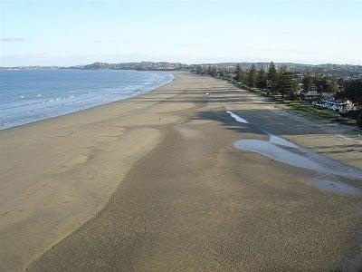 Orewa Beach, North Auckland | BoulderLocavore.com