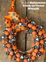 Best Halloween Treat Wreath DIY - BoulderLocavore