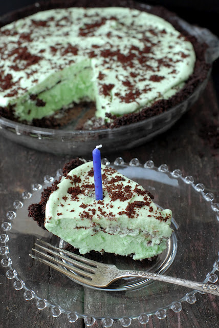 Grasshopper Pie. A creamy, minty, chocolate cookie crust no-bake pie that will become your favorite! | BoulderLocavore.com