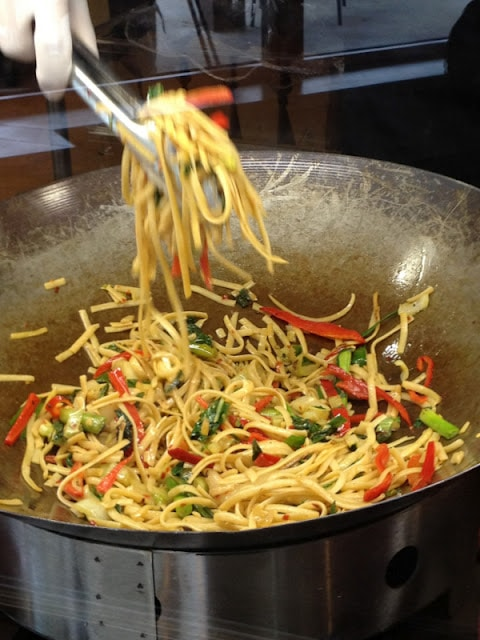 Stir fry noodles cooking