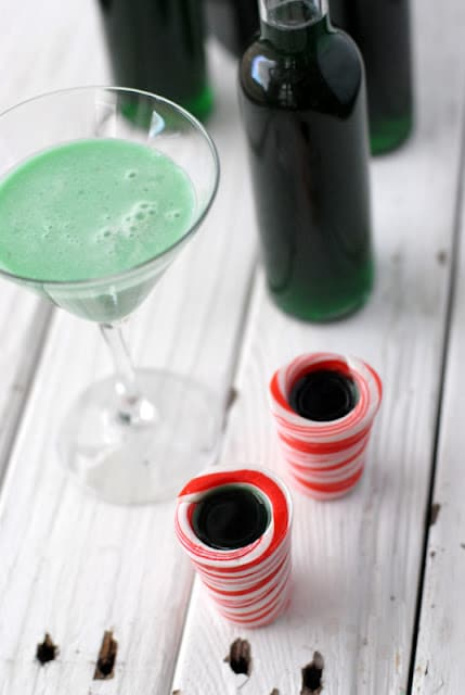 Homemade DIY Creme de Menthe and Grasshopper Cocktail ...