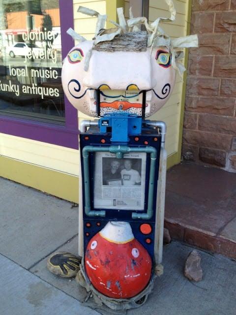 art newspaper stand
