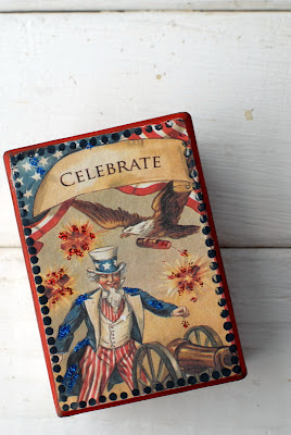 vintage red white and blue patriotic box