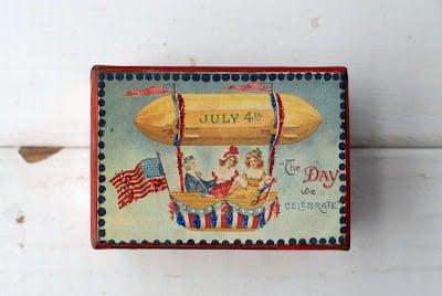 fourth of july vintage box