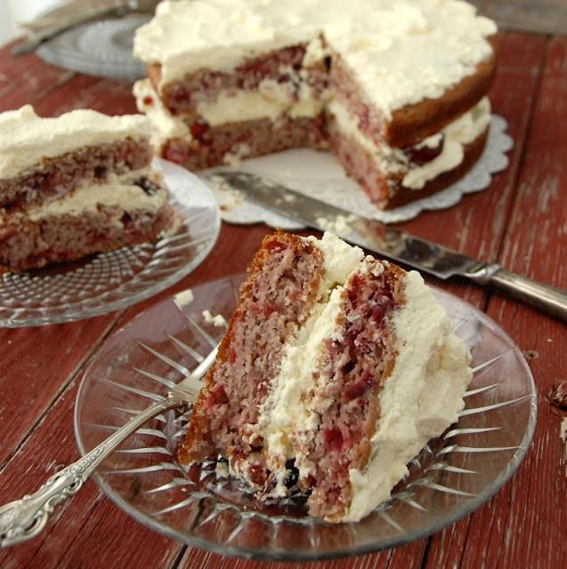 sour cream cherry pie slice