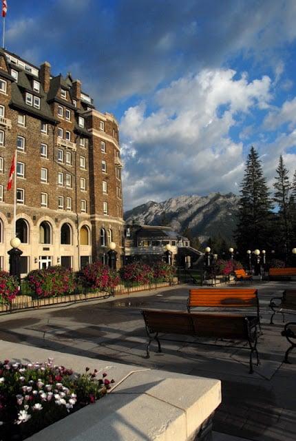 Sunrise Fairmont Banff Springs Hotel | BoulderLocavore.com