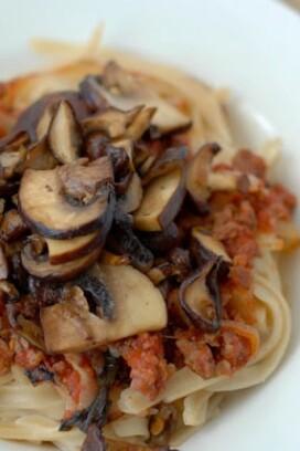 sauteed mushrooms and pasta
