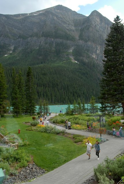 Lake Louise with a mountain in the background