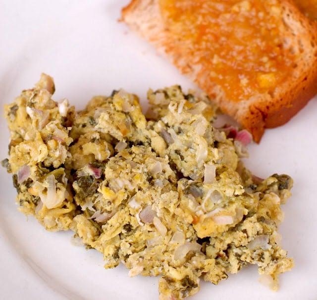 scrambled eggs with sorrel