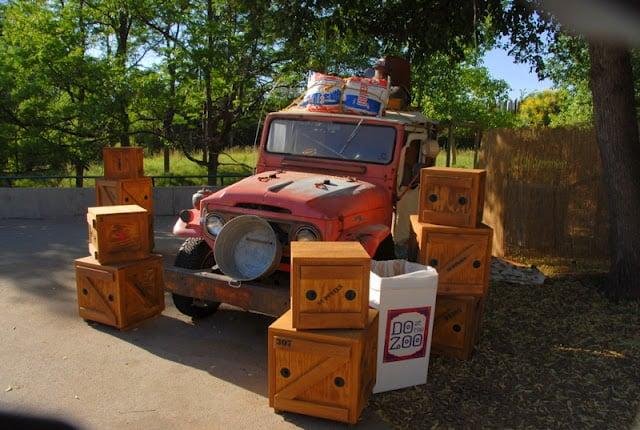 jeep with pretend safari boxes at zoo