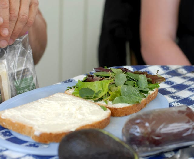 bread wtih mayo