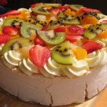 Pavlova with Kiwi and Strawberries | BoulderLocavore.com