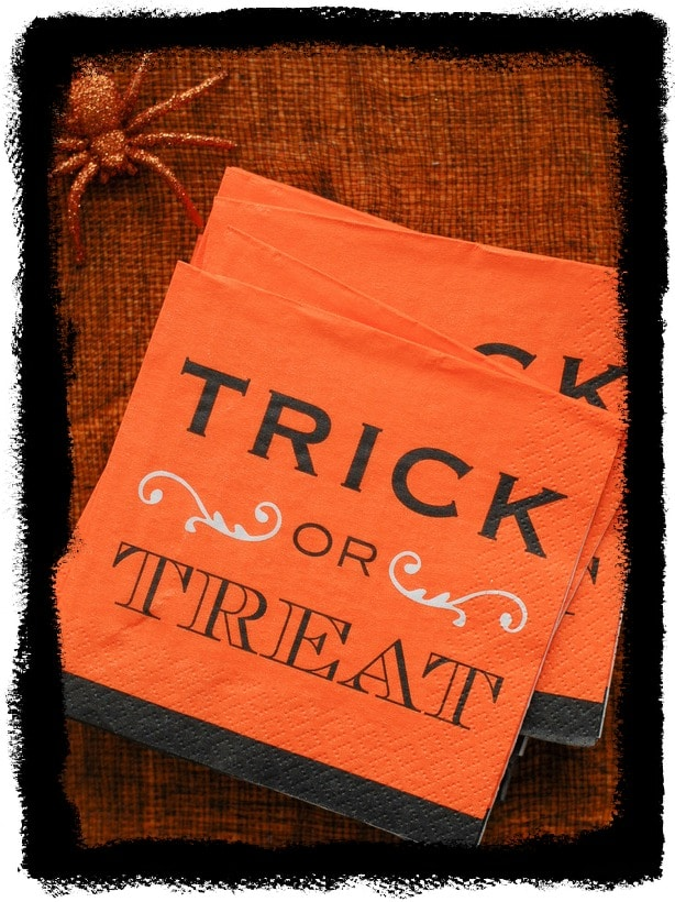 Boulderlocavore.com trick or treat cocktail napkins 759-001