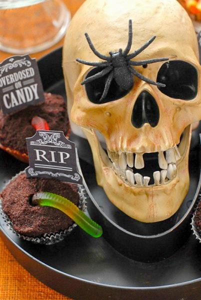 Graveyard Cupcakes and Skeleton - BoulderLocavore.com
