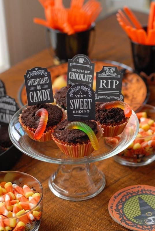 Halloween Graveyard Cupcakes | BoulderLocavore.com