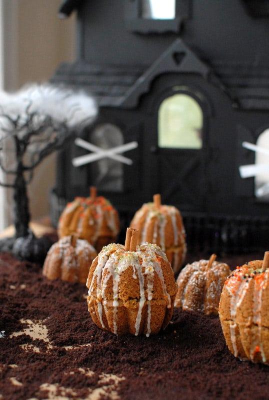 Rustic Mini Pumpkin Cakes | BoulderLocavore.com