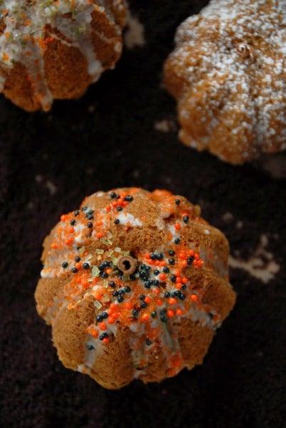 Rustic Mini Pumpkin Cakes Amp Orange Rum Glaze Recipe