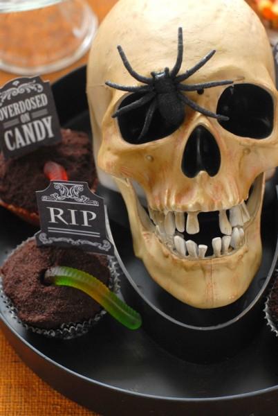 Skeleton Graveyard Cupcakes #glutenfree | BoulderLocavore.com