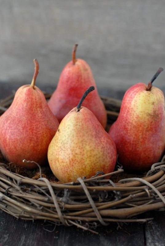Red Bartlett Pears | BoulderLocavore.com