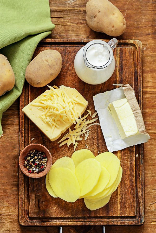 ingredients for au gratin potaotes