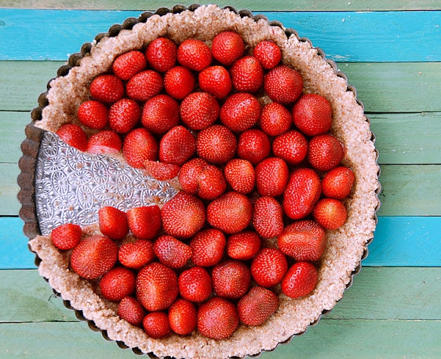 3 Ingredient No Bake Strawberry Tart