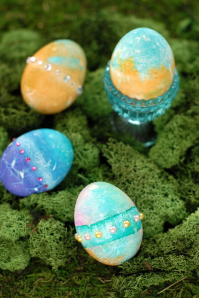 Stained Gladd {Bleeding Tissue} Easter Eggs | BoulderLocavore.com
