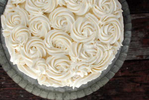 Crazy Easy Rose cake | BoulderLocavore.com