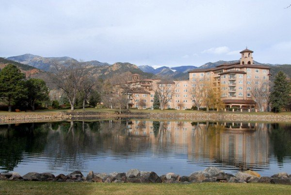 The Broadmoor's West Building, where we stayed and which houses The PLaY.