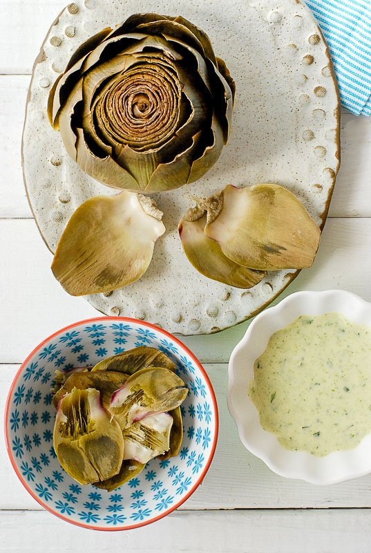 artichoke leaves and dipping sauce