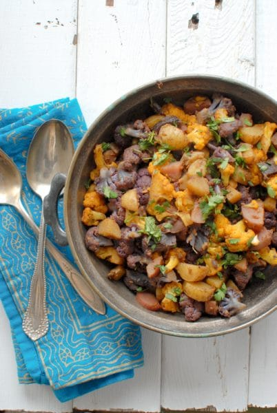 Aloo Gobi (Spiced Cauliflower and Potatoes) #glutenfree |BoulderLocavore.com