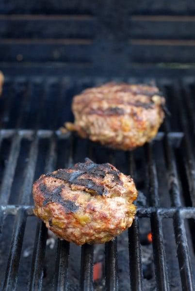 Southwestern Bacon Cheeseburgers | BoulderLocavore.com