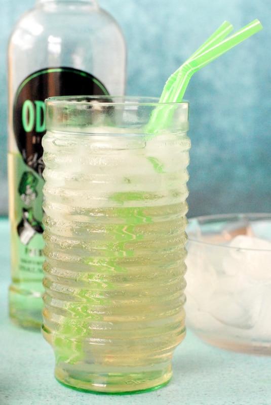 The Grassy Knoll Cocktail - BoulderLocavore.com