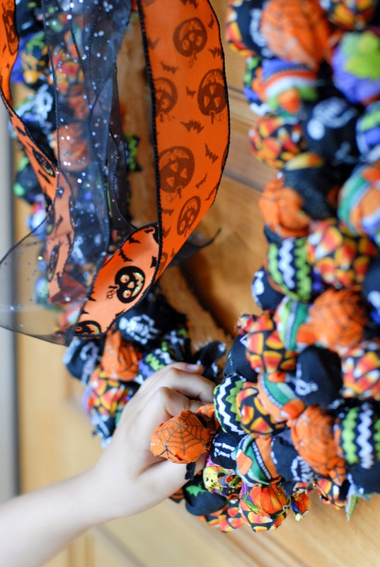 Halloween Tootsie Pop Treat Wreathe - BoulderLocavore.com