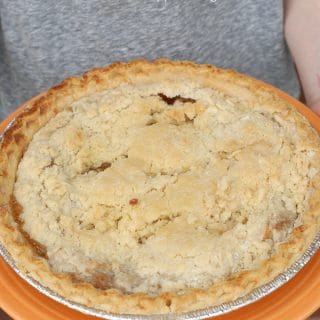 Great Grandma's Best Apple Pie