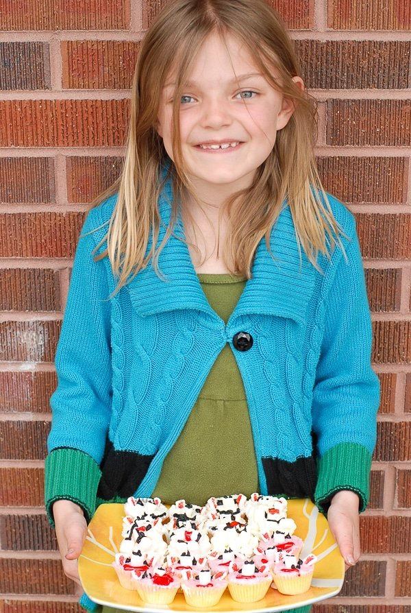 Scarlett and Farm Cupcakes- BoulderLocavore.com