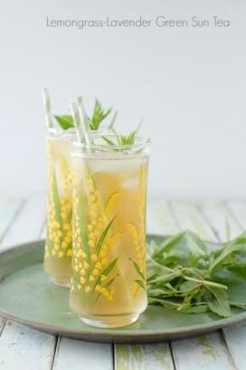 Lemongrass-Lavender Green Sun Tea with mint
