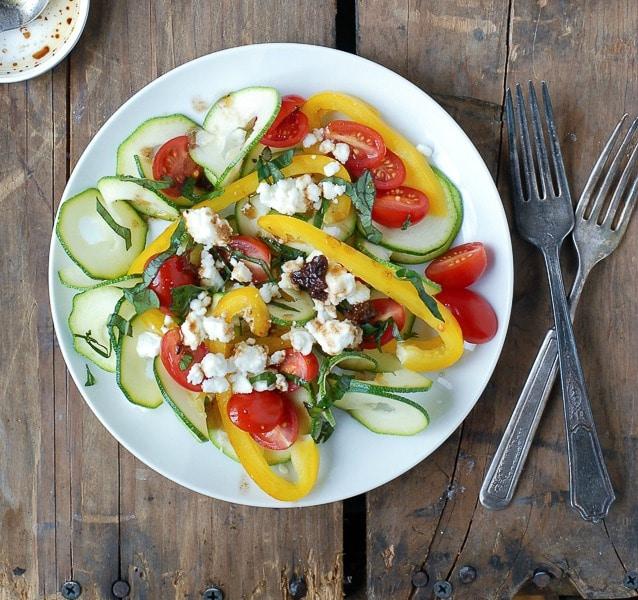 Spiralized Zucchini Mediteranean Salad - BoulderLocavore.com