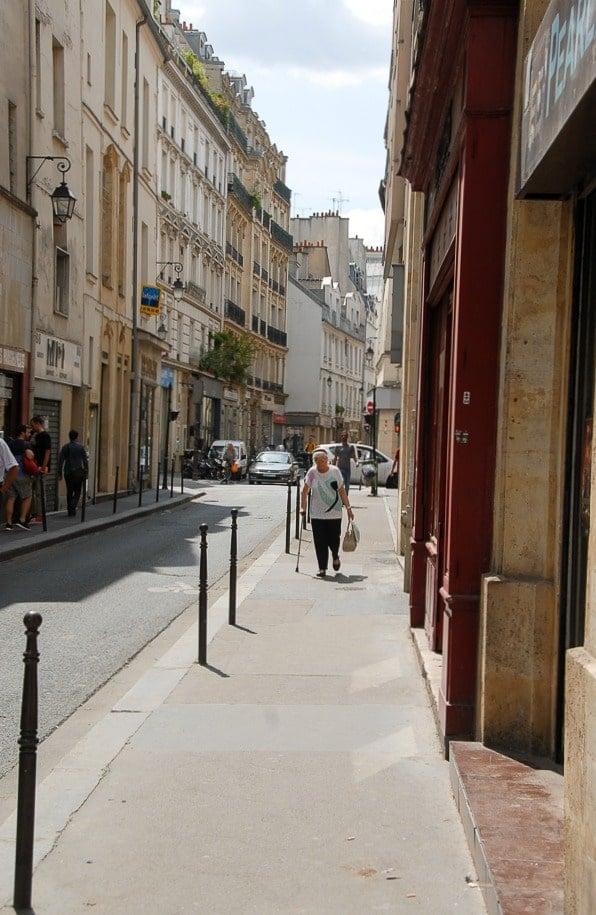 Rue de Temple Paris - BoulderLocavore.com