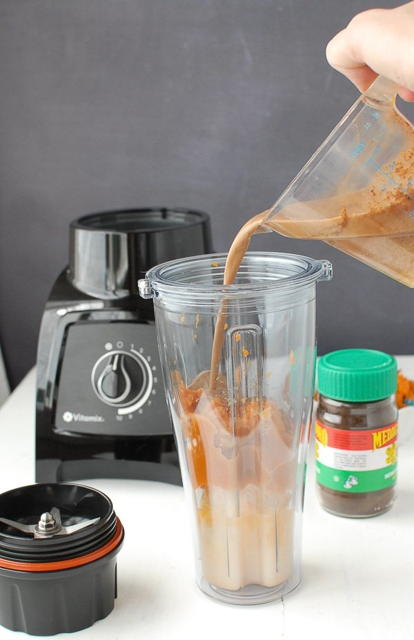 Making Iced Pumpkin Latte Vitamix S30 - BoulderLocavore.com