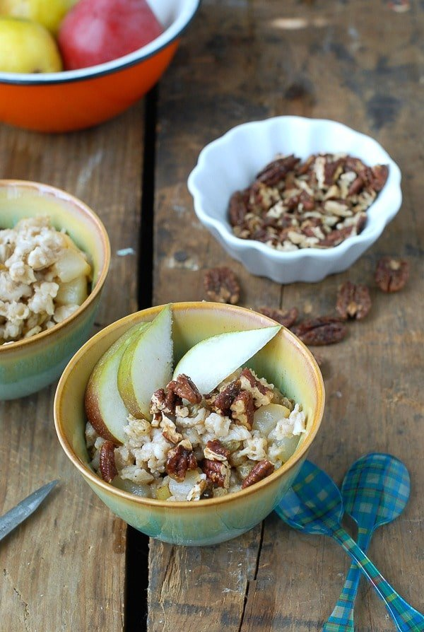 ear-Ginger Oatmeal with Candied Maple Pecans