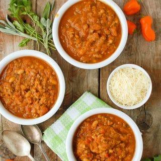 Slow Cooker Pumpkin White Bean Sausage Chili