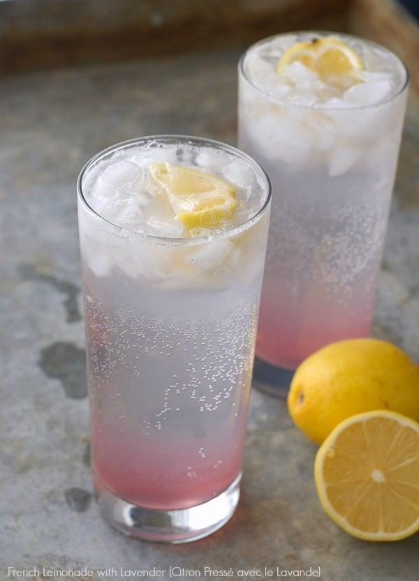 French Lemonade with Lavender {Citron Pressé avec le Lavande}