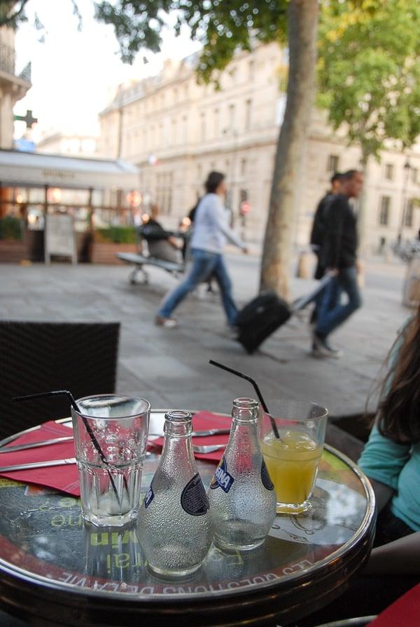 Marais cafe Paris -  BoulderLocavore.com