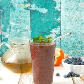 Green Tea Blueberry Ginger Antioxidant Smoothie