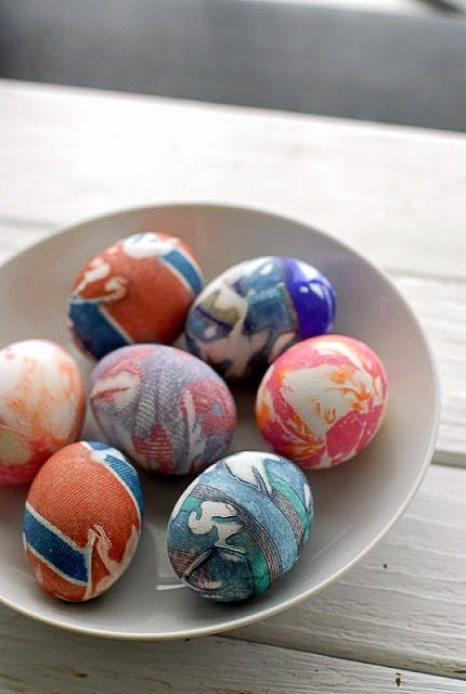 Silk Dyed Easter Eggs - BoulderLocavore.com